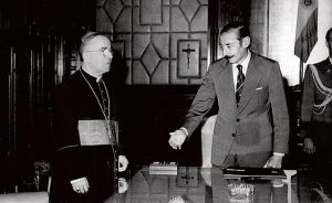 Cardinal Antonio Samoré and General Jorge Rafael Videla